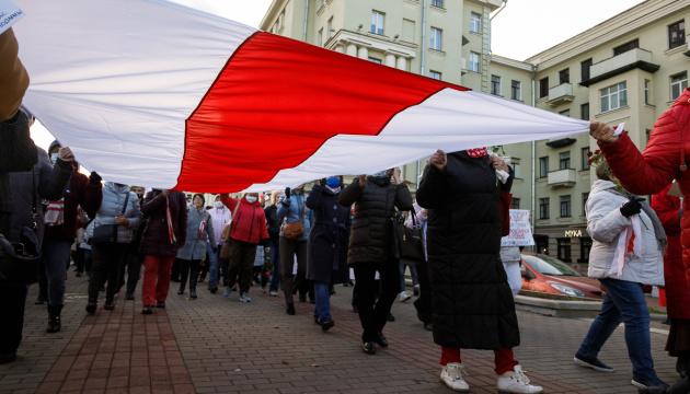 Правозащитники сообщили о более 300 задержанных на протестах в Беларуси