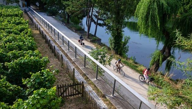 Туристам запропонували 420-кілометрову велопрогулянку вздовж Сени