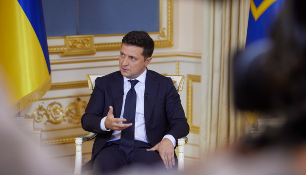 Zelensky calls on Servant of the People MPs to back his proposals on Constitutional Court