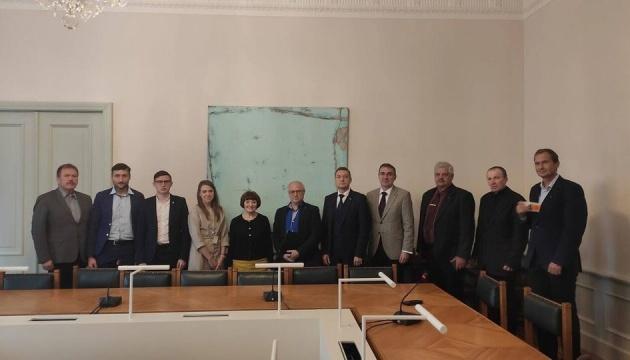 Українці обговорили з парламентарями Естонії, як запобігати дискримінаційній риториці