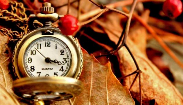 Aujourd'hui, l'Ukraine passe à l'heure d'hiver : quelques conseils pour bien le supporter