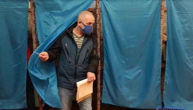 Підготовчі засідання ДВК та видача бюлетенів: порушення на виборах у Кривому Розі