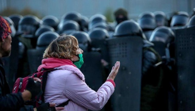 «Марш сусідів» в Білорусі: силовики затримали понад 400 учасників акцій протесту