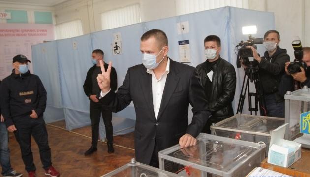 На виборах мера Дніпра лідирує Філатов - екзитпол студії Шустера і «Україна 24»