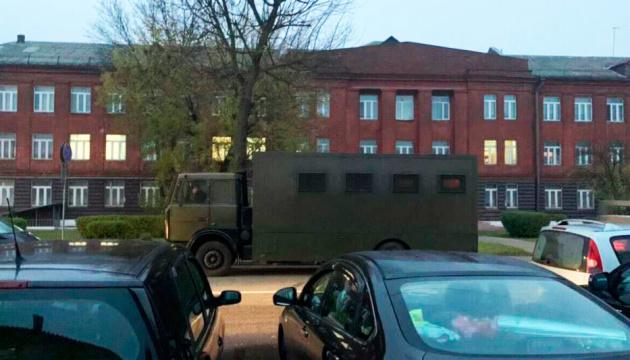 У перший день страйку в Білорусі – сотні затриманих