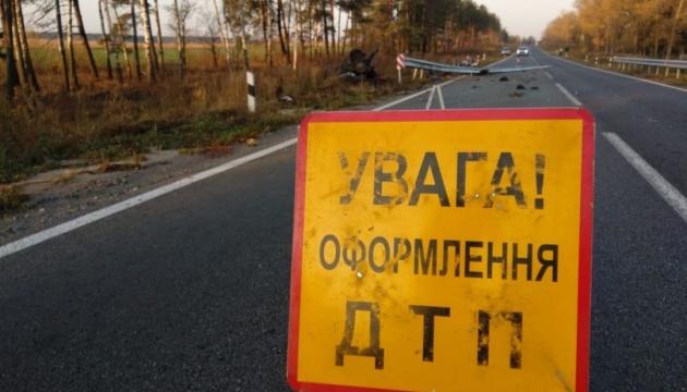 На Сумщині Audi в'їхав у відбійник, четверо загиблих