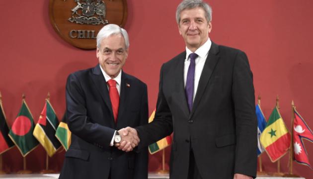 Посол Беларуси подал второе заявление об отставке за месяц из-за нелегитимности Лукашенко