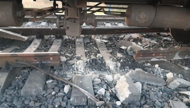 Залізничну колію біля Кривого Рогу пошкодив «мисливець за брухтом»