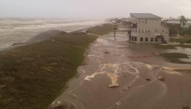 Ураган «Зета» принес в США разрушения и первую смерть