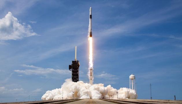 SpaceX заменила двигатели Falcon 9 перед стартом новой космической миссии
