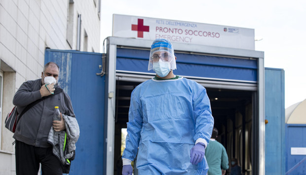 У світі підтвердили 47,3 мільйона випадків COVID-19