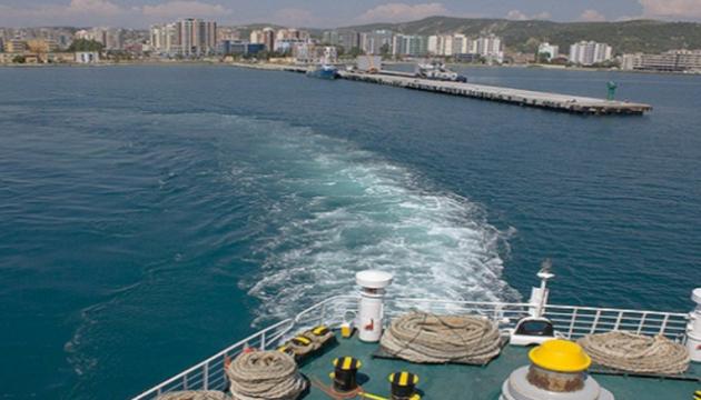 В албанском порту задержали яхту с четырьмя украинцами