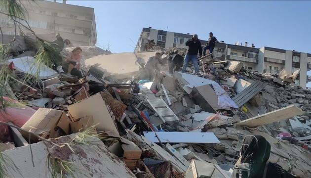 В Турции произошло землетрясение, под завалами ищут людей