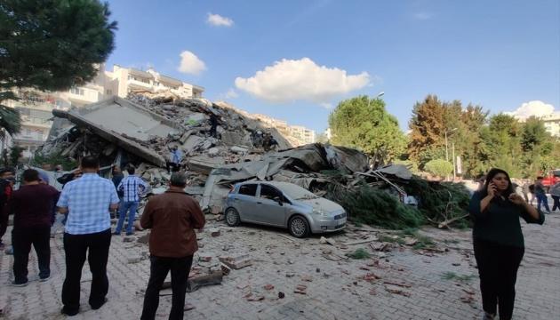 Число жертв землетрясения в Турции возросло до 44