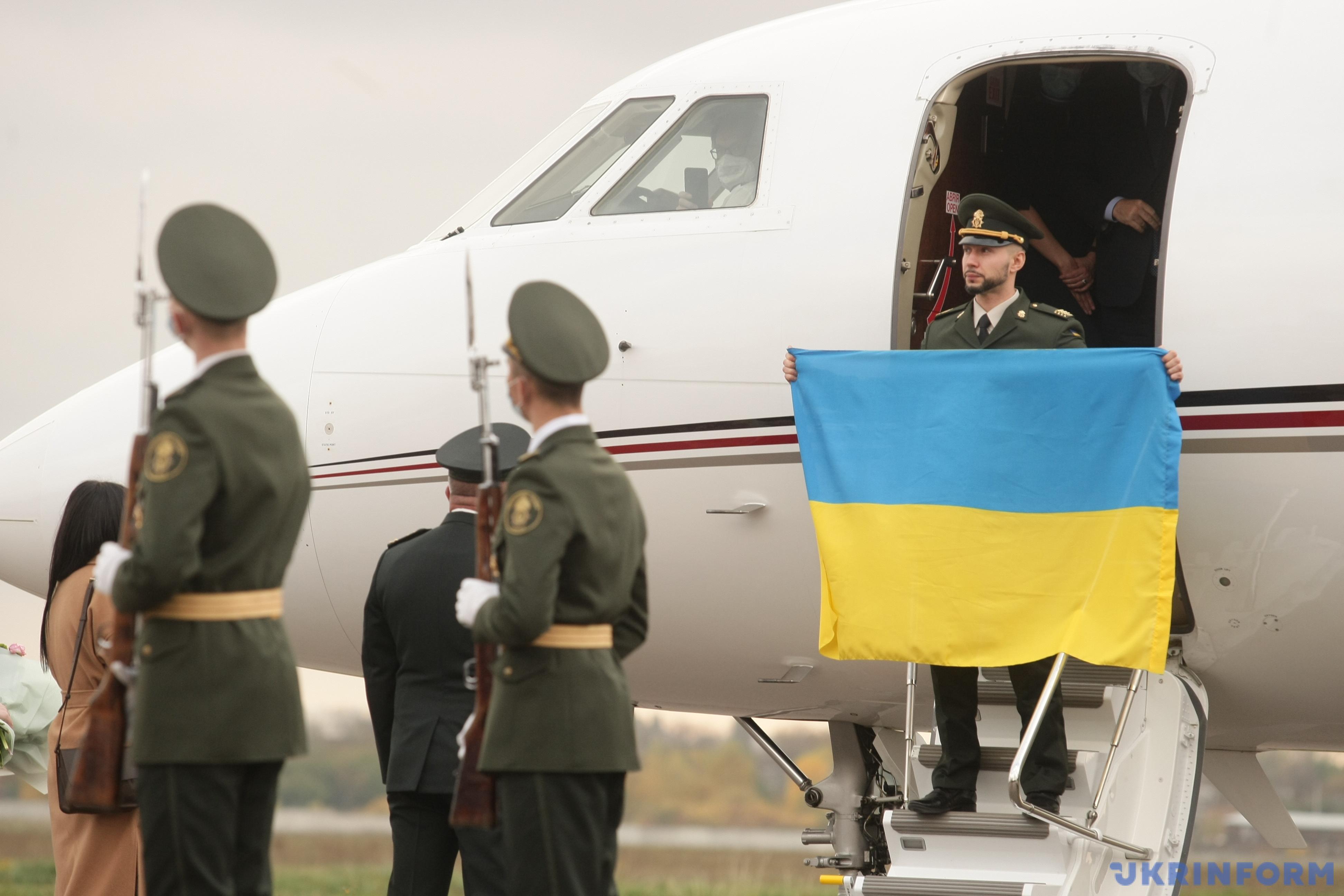 Виталий Маркив вернулся в Украину / Фото: Евгений Котенко, Укринформ