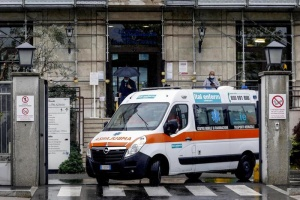 В Італії за добу - понад 20 тисяч нових випадків COVID-19