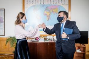Джапарова обговорила Кримську платформу з послом Кіпру