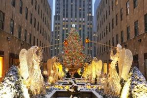 ВООЗ закликає не знімати карантинні обмеження на Різдво