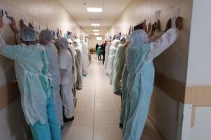В Беларуси врачи и журналисты провели акцию в поддержку задержанных коллег