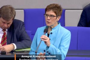Діалог з Росією треба вести з позиції сильного – глава Бундесверу