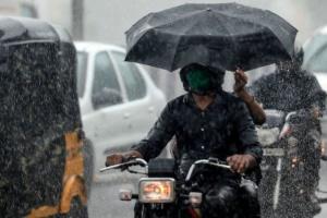 Юг Индии накрыли мощные ливни