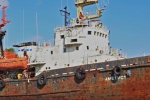 Під Чорноморськом почало тонути судно рятувальної служби