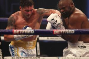 Промоутер назвал время следующего боксерского боя Усика