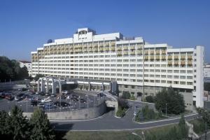 ФГИУ к лету 2021 планирует провести аукцион по продаже «Президент-Отеля»