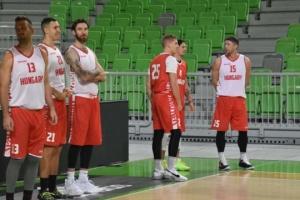 """Баскетболісти збірної Угорщини терміново залишають """"бабл"""" у Словенії"""