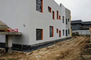 Будівництво нової «Дачі» для онкохворих дітей триває, йдуть внутрішні роботи