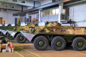 Миколаївський бронетанковий передав армії оновлені БТР-80