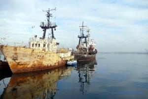 Возле буксира «Аметист» зафиксировали загрязнение моря в 3,8 раза выше нормы