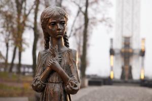 Посол ЄС - про Голодомор: Жахливий злочин проти українського народу та проти людства