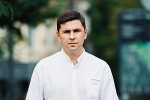 Подоляк звинувачує Порошенка в продовженні «злісної місії розколювача»