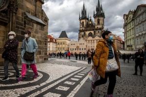 Чехия ослабляет карантин - открываются рестораны и фитнес-центры