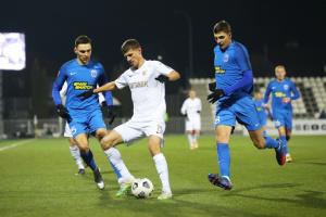 «Колос» и «Десна» обменялись голами с пенальти в матче футбольной Премьер-лиги