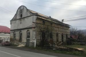 На Закарпатті реконструюють одну з найстаріших в Україні синагог