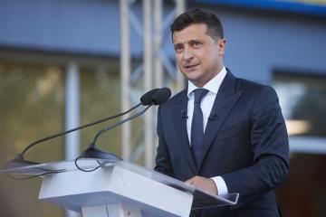 Крим – це Україна: Зеленський подякував Байдену за принципову позицію США