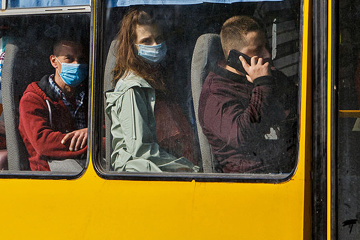 Ukrainian parliament imposes fines for not wearing masks on public transport