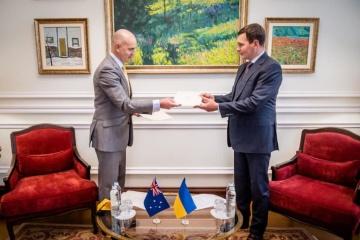 New Australian ambassador presents copies of credentials to Ukraine's deputy foreign minister
