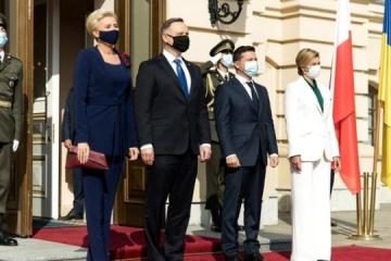 Zelensky felicita a Polonia por el Día de la Independencia