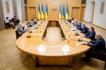 Kuleba, Mejlis representatives discuss creation of Crimean Platform