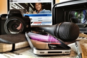 Tkachenko desea inspiración a los trabajadores de la radio, la televisión y las comunicaciones