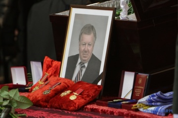 El presidente Zelensky honra la memoria de Oleksandr Degtyarev, director general de Yuzhnoye