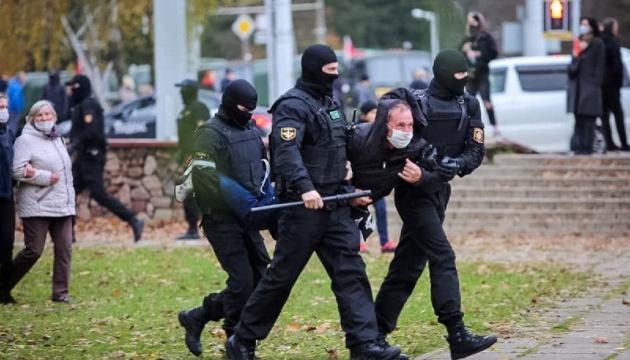 У Мінську силовики розігнали учасників недільного маршу