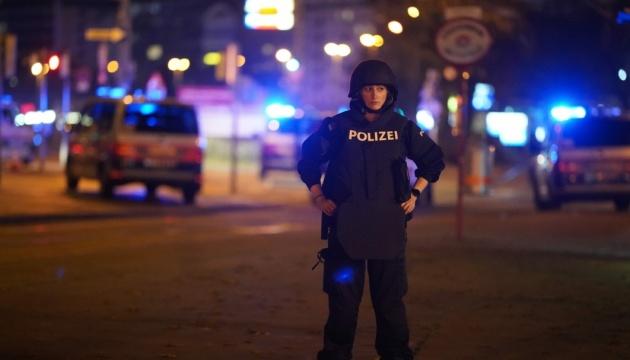 Інформації про громадянство загиблих під час теракту у Відні ще немає – посол Щерба