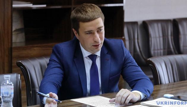 Лещенко: Держава має тримати в резерві сільгоспземлі і здавати їх в оренду
