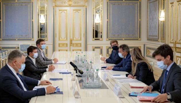 Зеленский встретился с президентом МККК перед его визитом на Донбасс