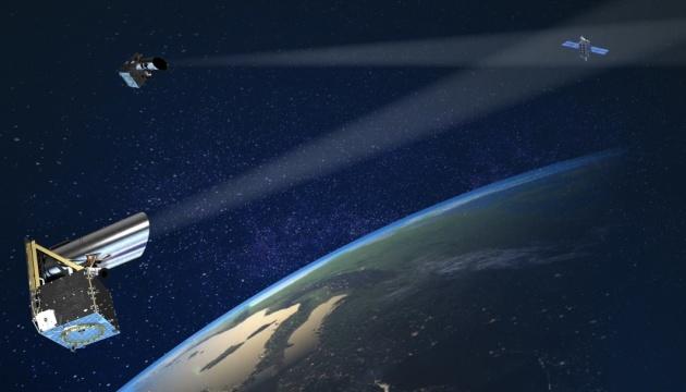 Канада запустит спутники для слежения за космическим мусором