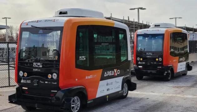В столице Канады запустили беспилотный автобусный маршрут
